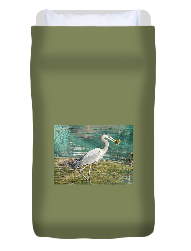 Great Duvet Cover featuring the photograph Lunchtime by Laurel Best