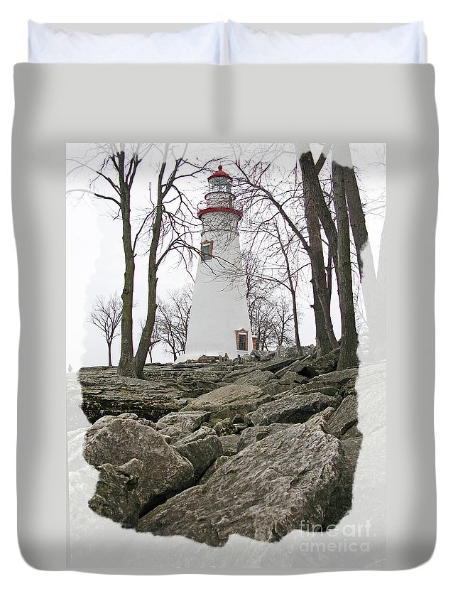 Lighthouse Duvet Cover featuring the photograph Marblehead Lighthouse by Jack Schultz