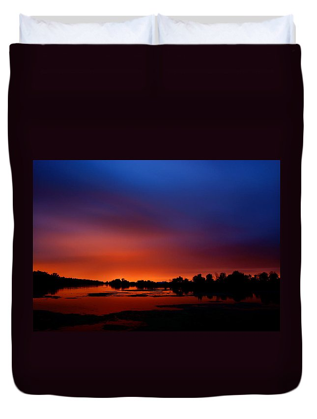 Water Duvet Cover featuring the photograph Marsh Sunset by Cale Best