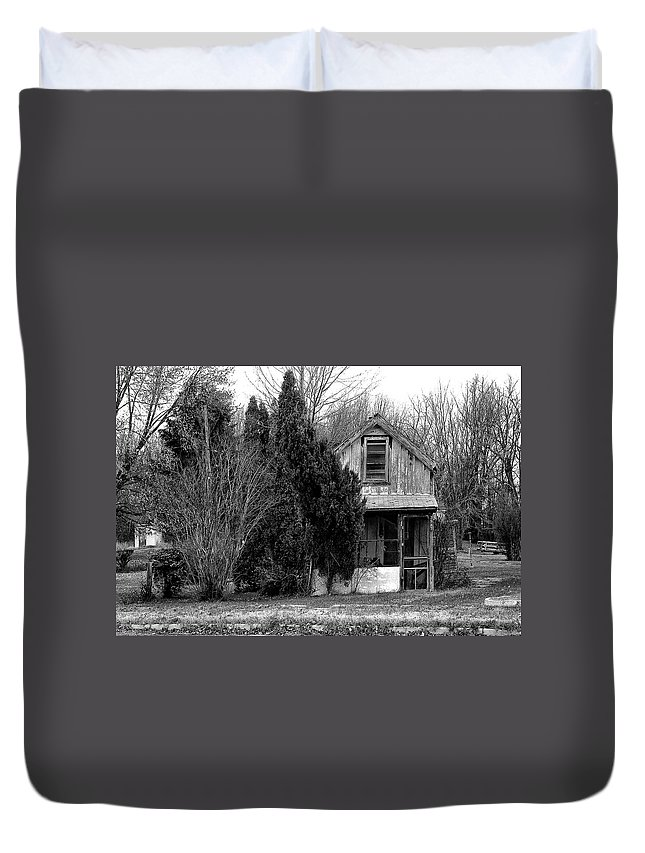 Duvet Cover featuring the photograph Maryland 1 by Burney Lieberman