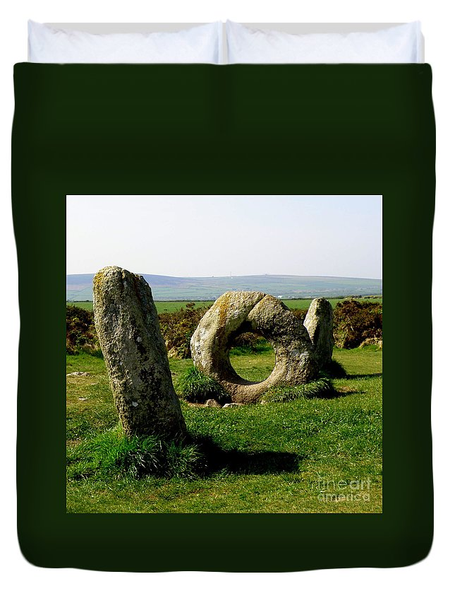 Ancient Site Duvet Cover featuring the photograph Men An Tol by Lainie Wrightson