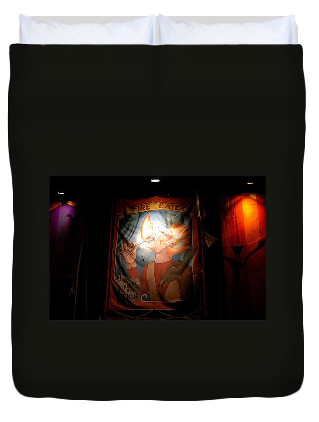 Fine Art Photography Duvet Cover featuring the photograph Midway Frights by David Lee Thompson