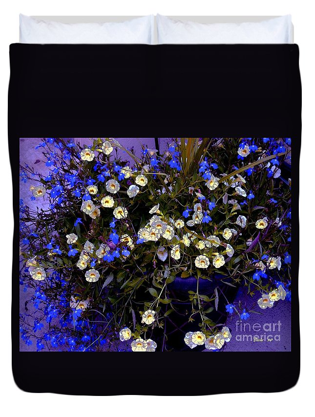 Flowers Duvet Cover featuring the digital art Mini Petunias by Dale  Ford