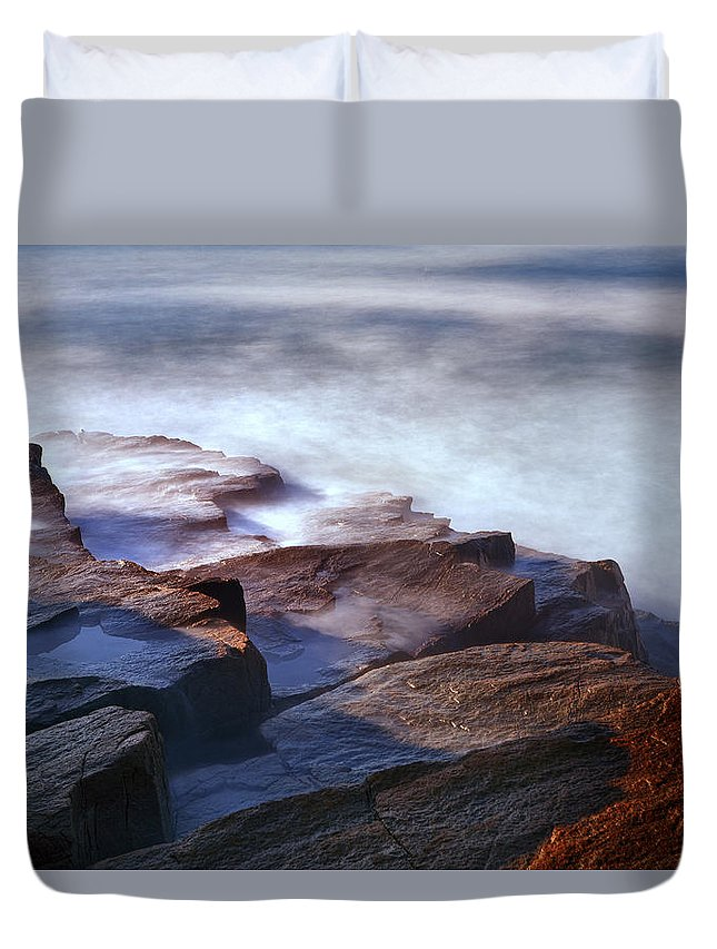 Acadia Photographs Photographs Duvet Cover featuring the photograph Misty Tide At Monument Cove by Rick Berk
