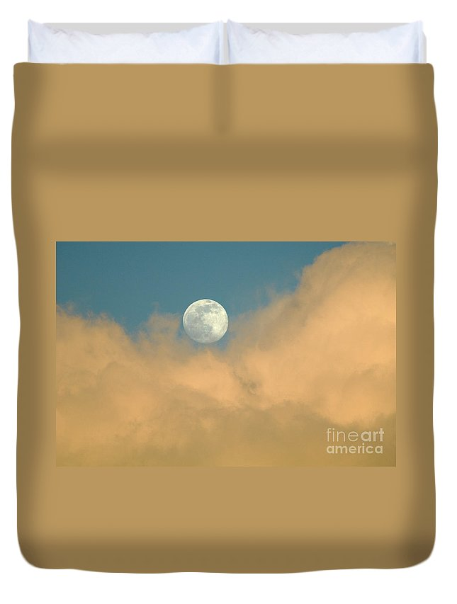 Hawaii Duvet Cover featuring the photograph Moon And Cloud by Bob Christopher