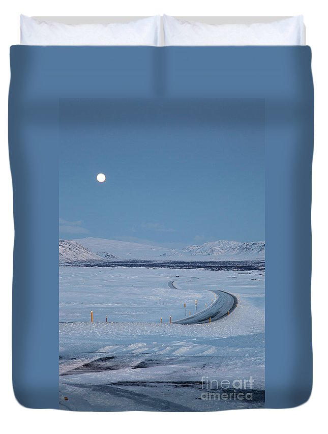 Iceland Duvet Cover featuring the photograph Moon by Milena Boeva