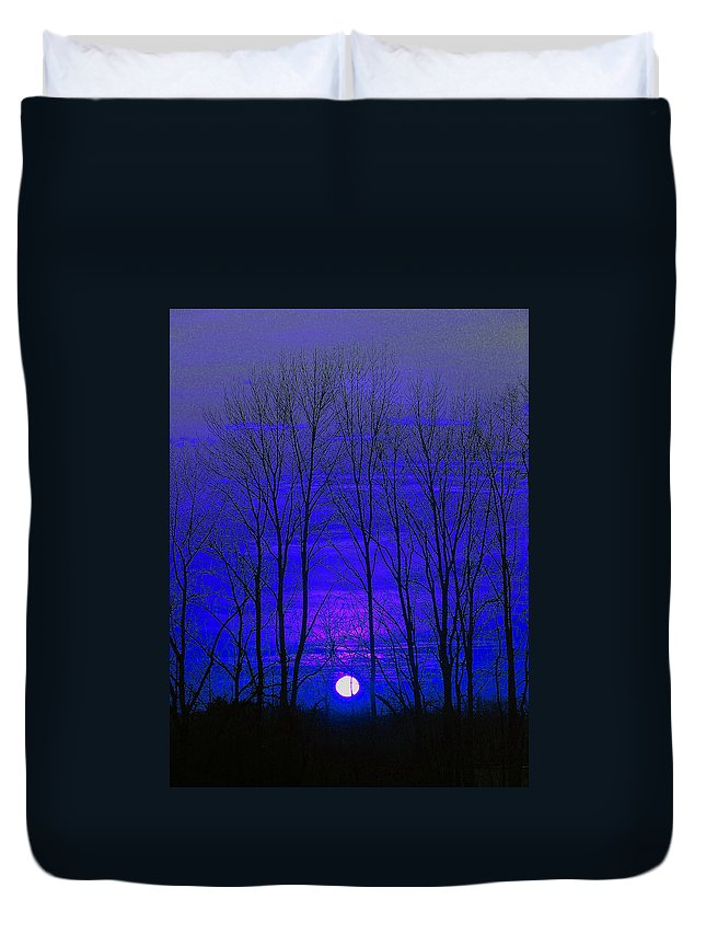 Moon Duvet Cover featuring the photograph Moonrise by Marie Jamieson
