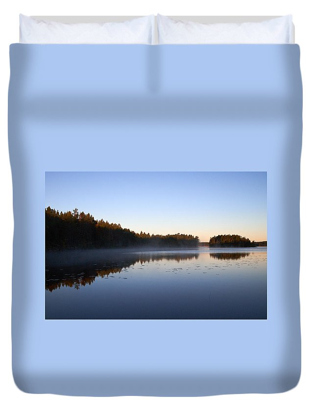Haukkajarvi Duvet Cover featuring the photograph Morning Mist At Haukkajarvi by Jouko Lehto