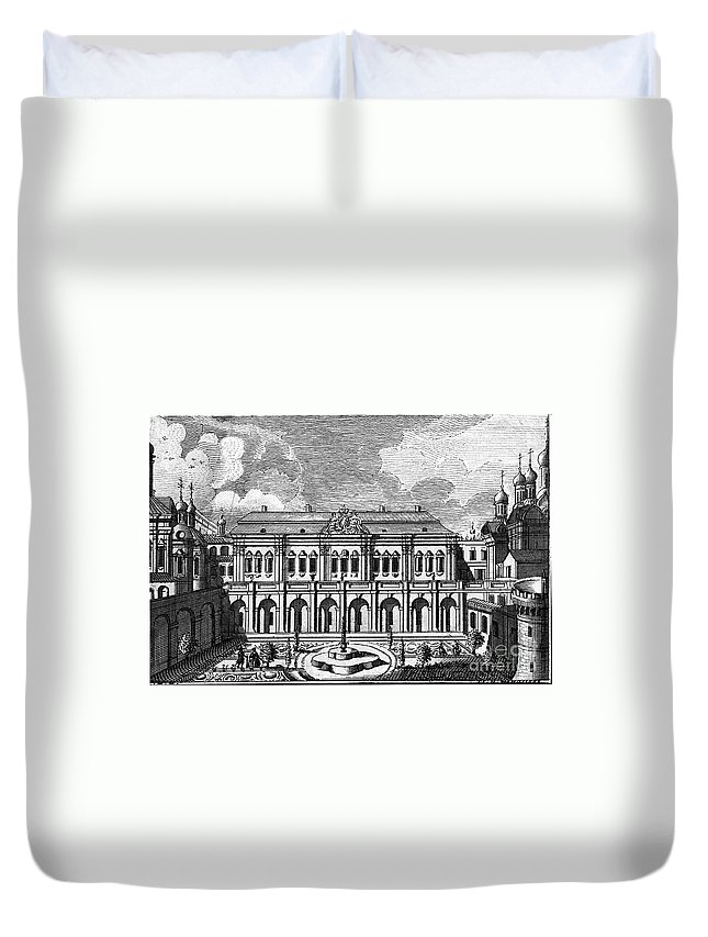 18th Century Duvet Cover featuring the photograph Moscow: Kremlin Palace by Granger