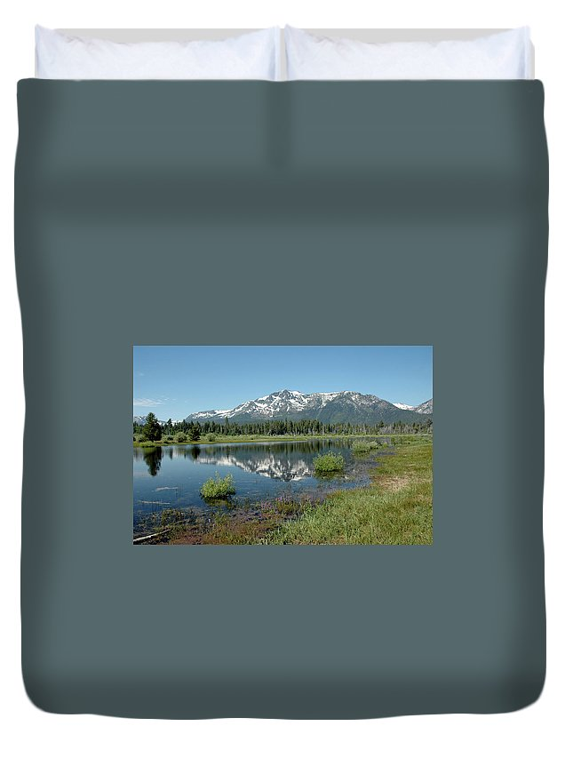 Usa Duvet Cover featuring the photograph Mount Tallac Sky Projections by LeeAnn McLaneGoetz McLaneGoetzStudioLLCcom