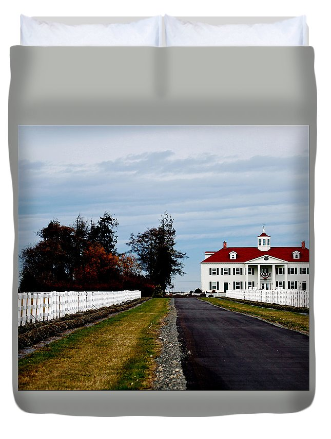Replica Duvet Cover featuring the photograph Mt. Vernon'esque In Wa by Marie Jamieson