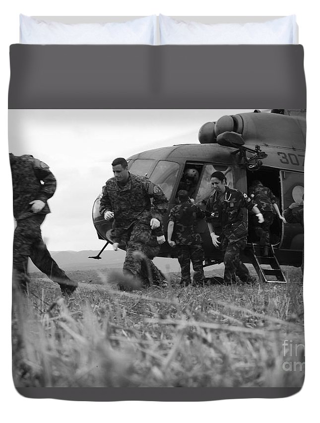 Medceur 2011 Duvet Cover featuring the photograph Multinational Medical Personnel Retreat by Stocktrek Images
