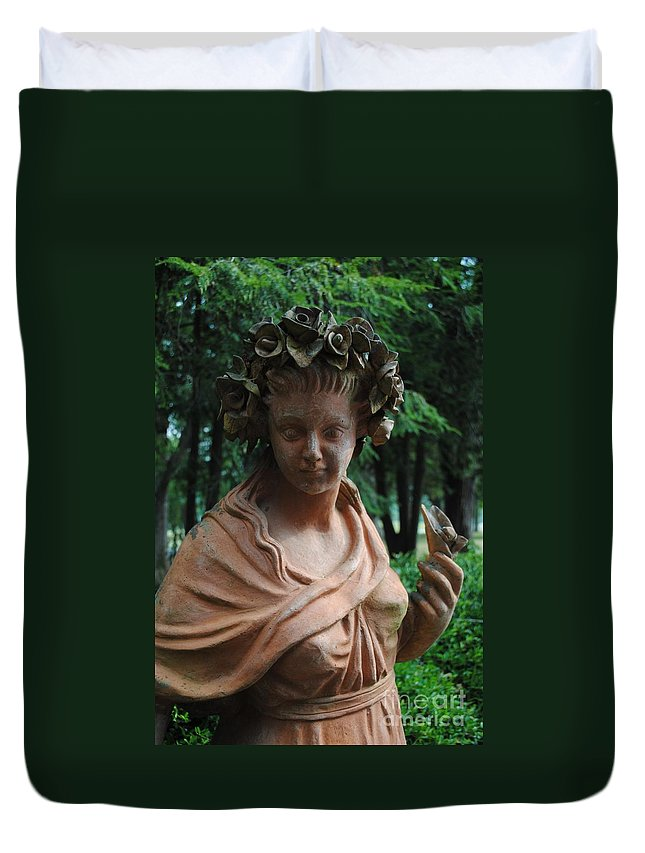 Tate Duvet Cover featuring the photograph Nature Girl by Jost Houk