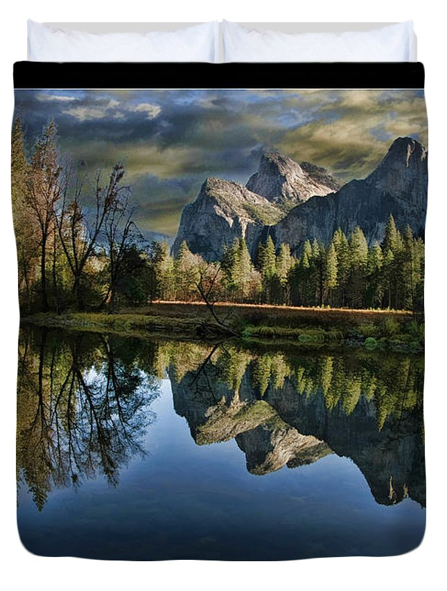 Art Photography Duvet Cover featuring the photograph Natures Reflection by Blake Richards