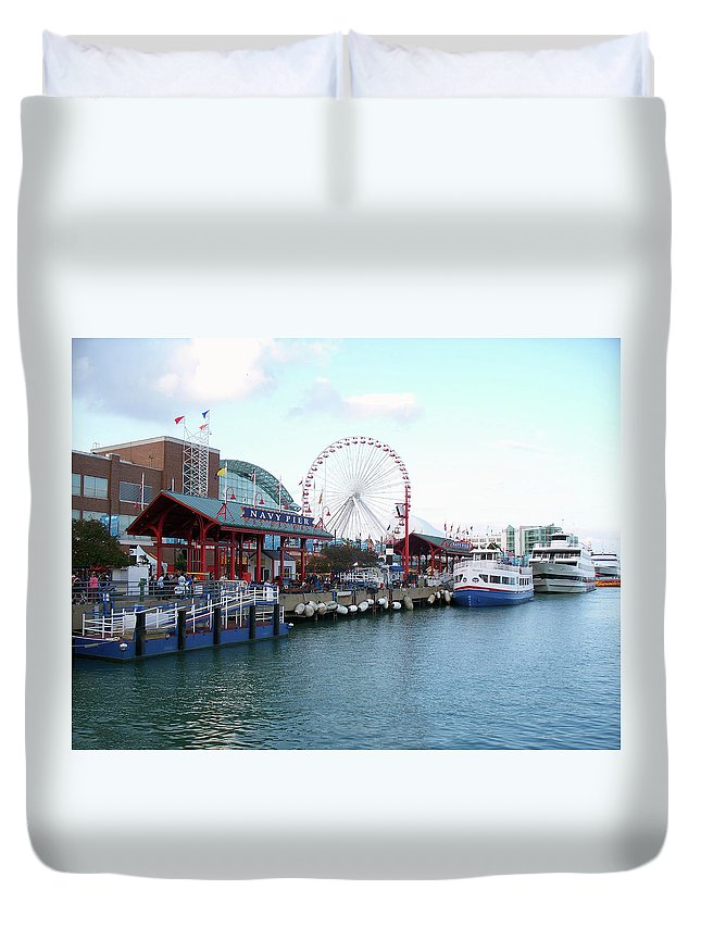 Cities Duvet Cover featuring the photograph Navy Pier Chicago Summer Time by Thomas Woolworth