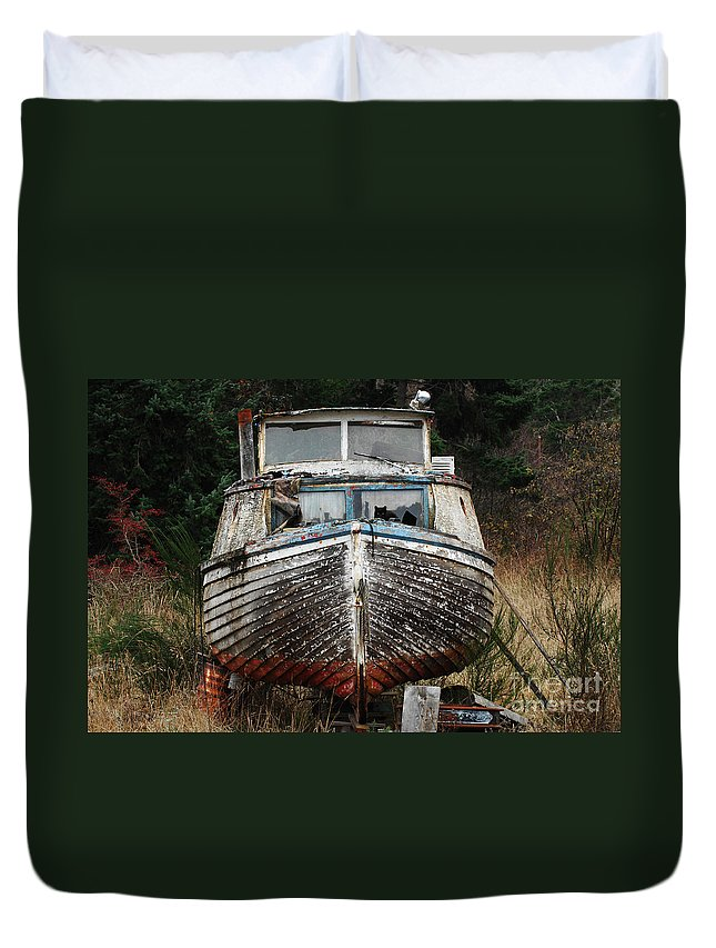 Fishing Boats Duvet Cover featuring the photograph Needing Work by Bob Christopher