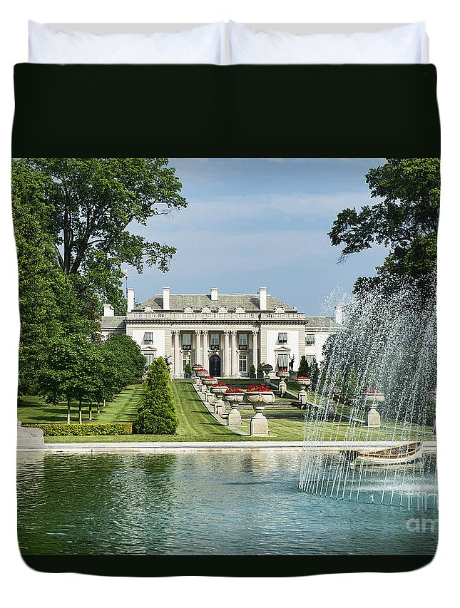 Alfred I. Dupont Duvet Cover featuring the photograph Nemours Mansion And Gardens by John Greim