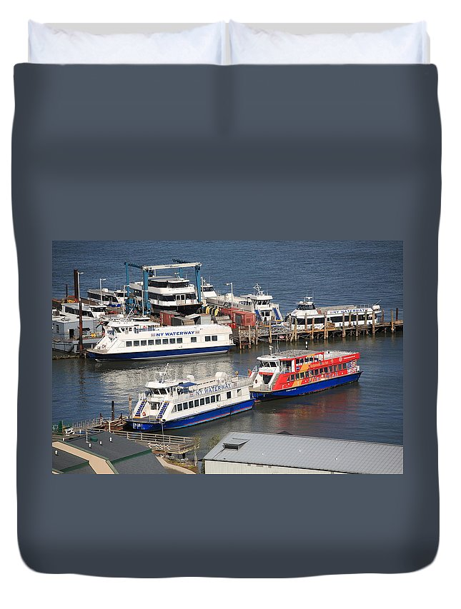 America Duvet Cover featuring the photograph New York City Sightseeing Boats by Frank Romeo