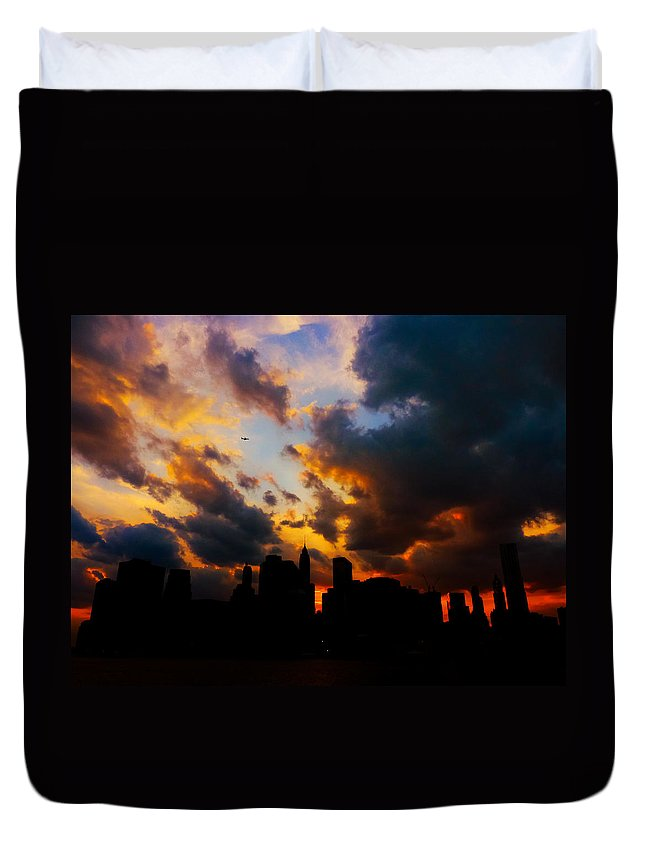 New York City Duvet Cover featuring the photograph New York City Skyline At Sunset Under Clouds by Vivienne Gucwa