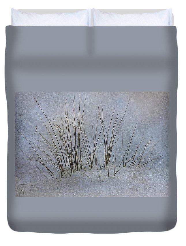 Landscape Duvet Cover featuring the photograph North Shore by Ron Jones