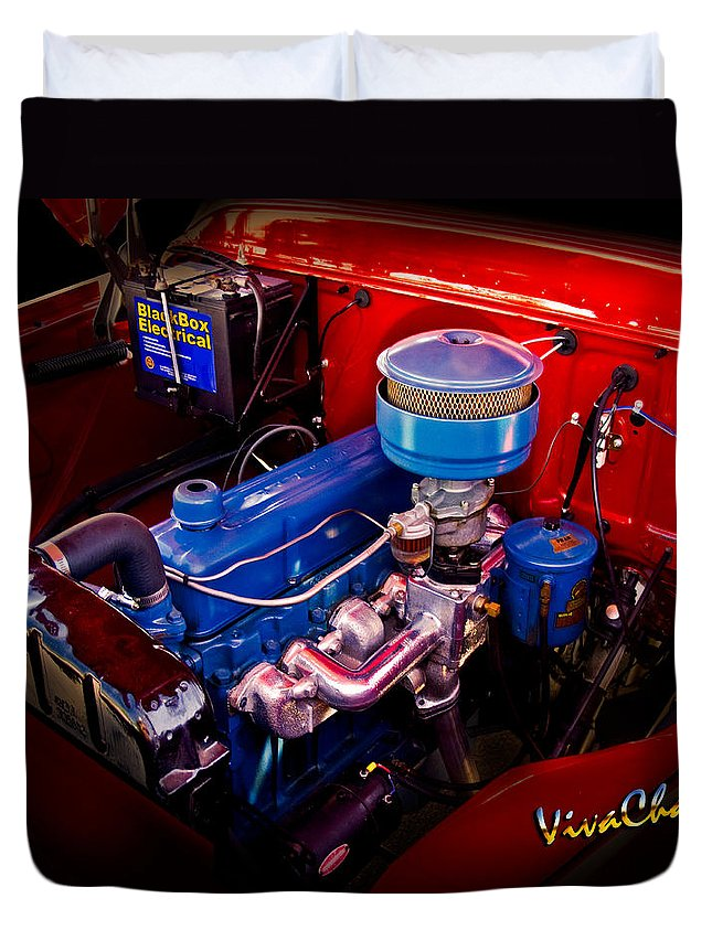 Banger Duvet Cover featuring the photograph Oh So Simple Sanitary Truck Engine by Chas Sinklier