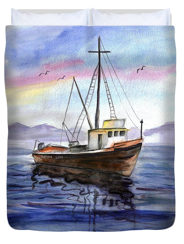 Old Boat Duvet Cover featuring the painting Old Boat by Clara Sue Beym