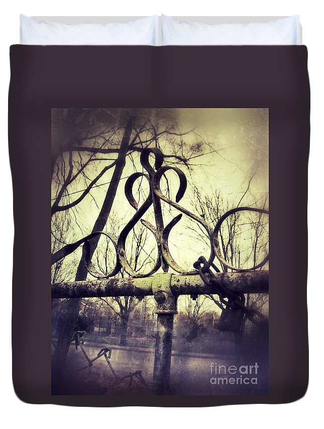 Fence Duvet Cover featuring the photograph Old Fence Detail by Jill Battaglia