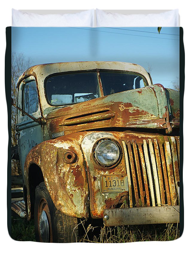 Cars Duvet Cover featuring the photograph Old Tri-way Truck by Randy Harris