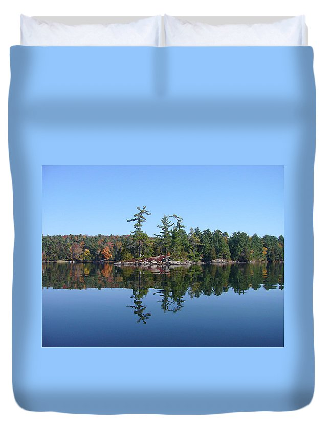 Island Duvet Cover featuring the photograph Once Reflected by Shirley Radebach