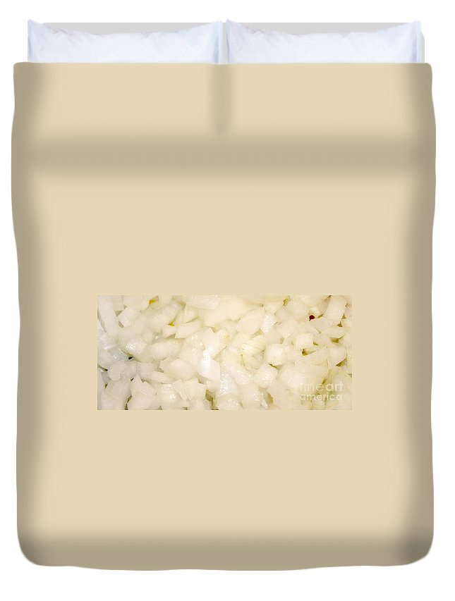Chopped Duvet Cover featuring the photograph Onions by Henrik Lehnerer