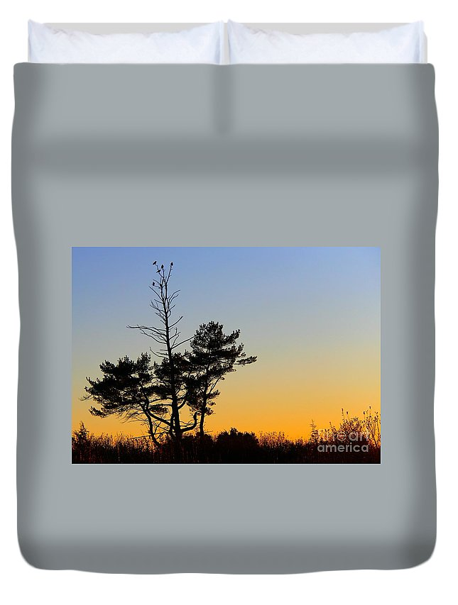 Tree Duvet Cover featuring the photograph Out On A Limb by Davandra Cribbie