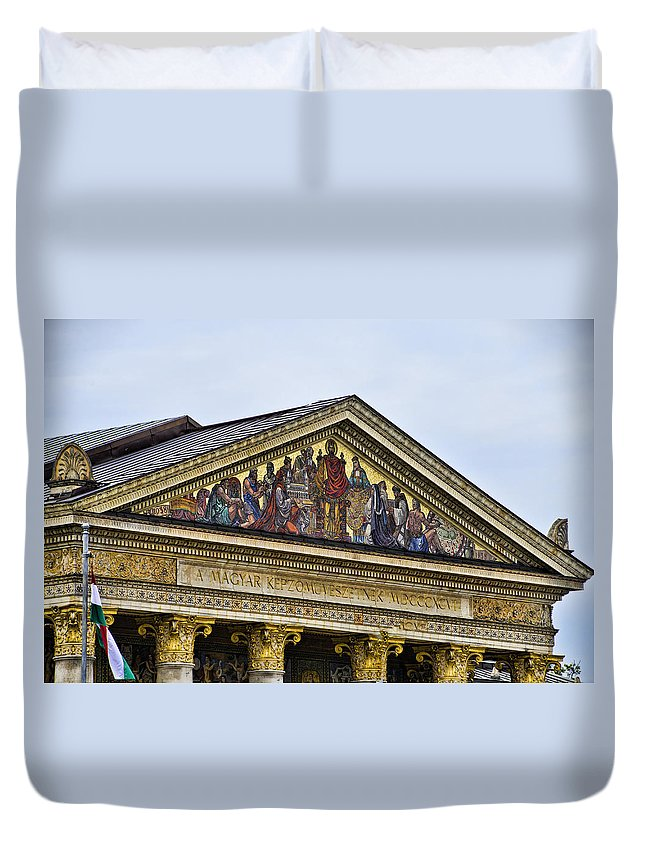 Heros Square Duvet Cover featuring the photograph Palace Of Art - Heros Square - Budapest by Jon Berghoff