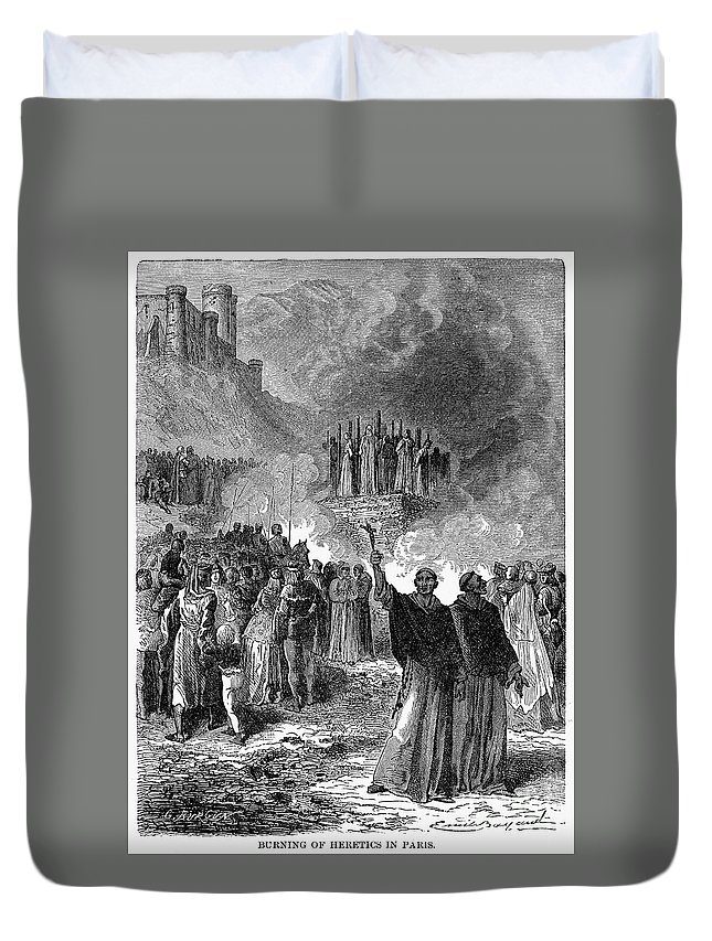 16th Century Duvet Cover featuring the photograph Paris: Burning Of Heretics by Granger