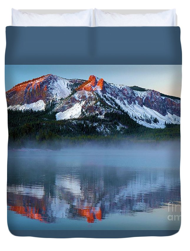 Paulina Peak Duvet Cover featuring the photograph Paulina Peak Reflections by Adam Jewell