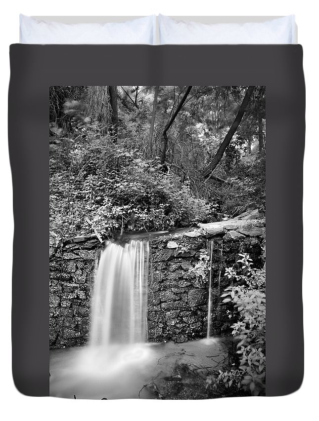 Black And White Duvet Cover featuring the photograph Peace Of Water by Guido Montanes Castillo