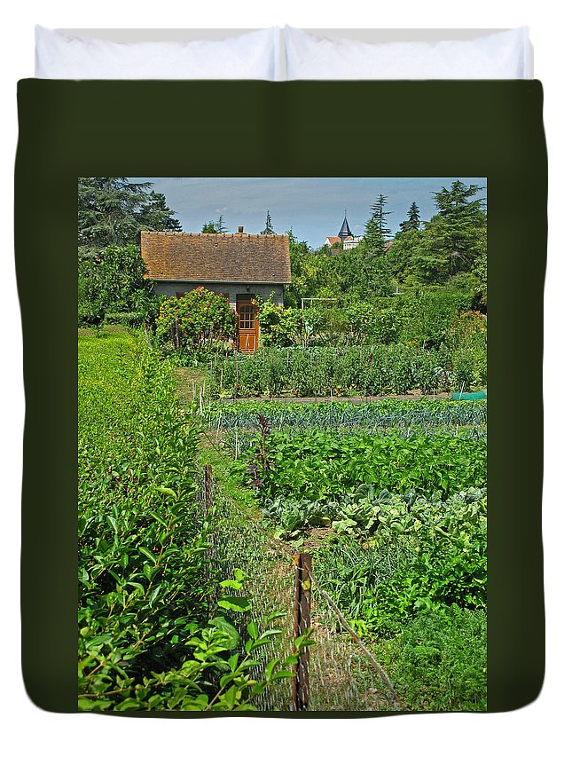 France Duvet Cover featuring the photograph Peeking Into A Garden by Dave Mills
