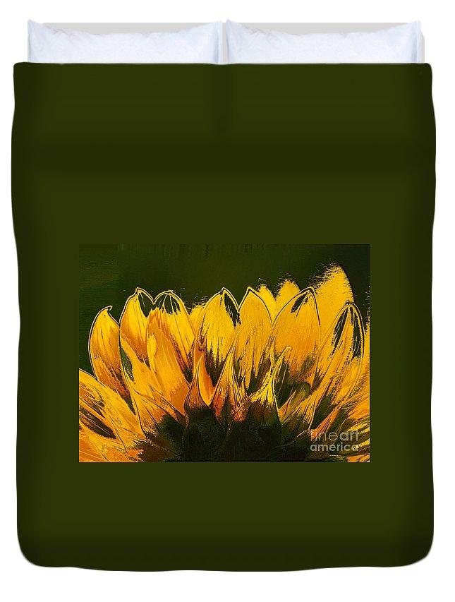 Sunflower Duvet Cover featuring the digital art Petales De Soleil - A41b by Variance Collections
