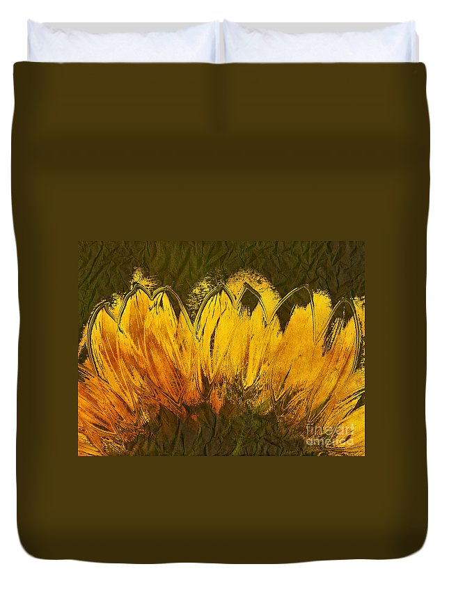 Sunflower Duvet Cover featuring the digital art Petales De Soleil - A43t02b by Variance Collections
