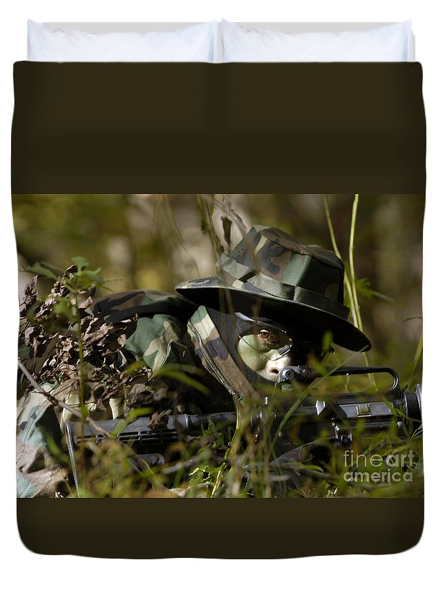 Firearms Duvet Cover featuring the photograph Petty Officer Provides Security by Stocktrek Images