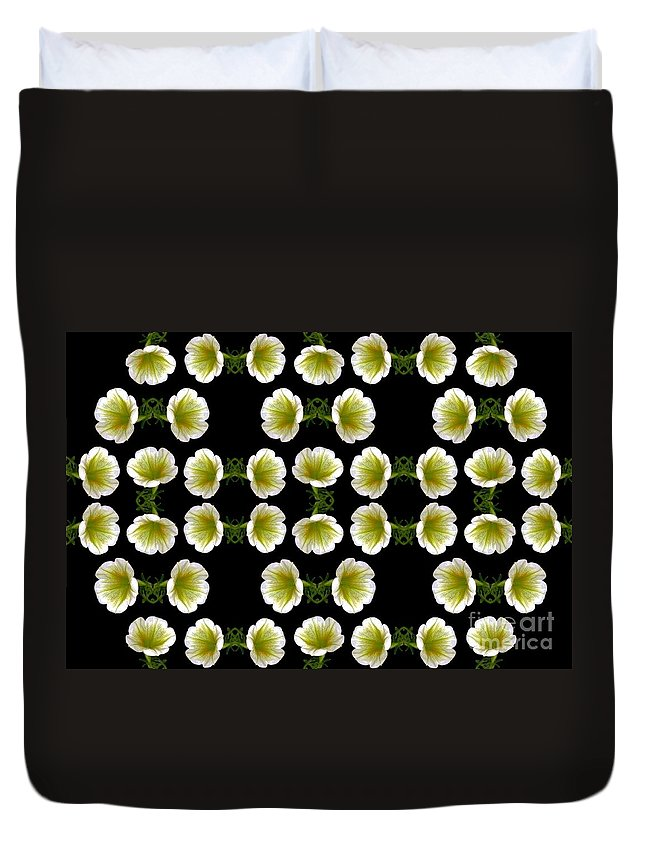 Flowers Digital Art Duvet Cover featuring the digital art Petunias by Dale  Ford