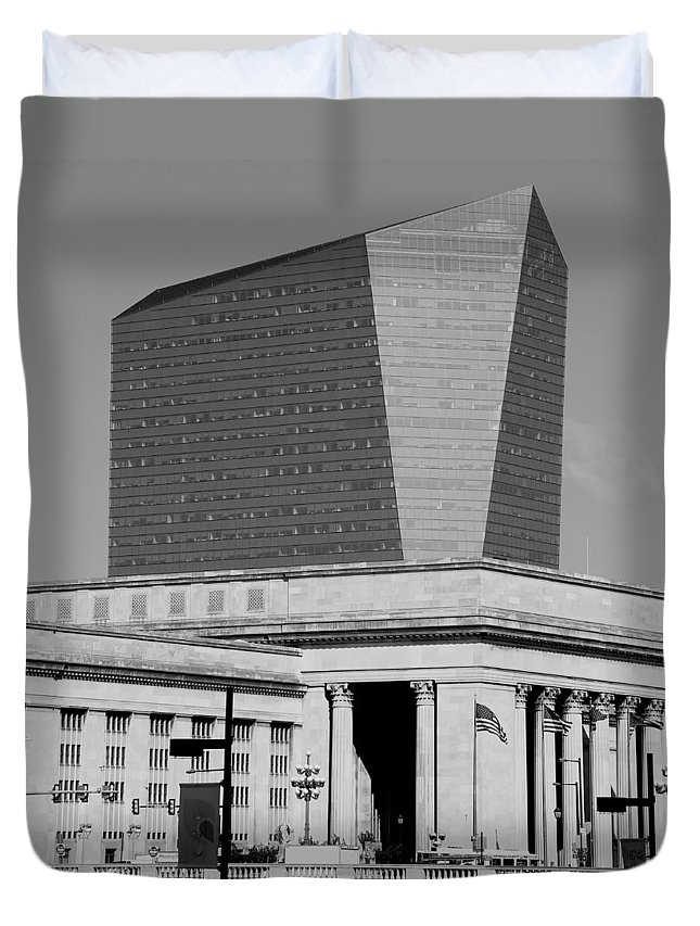 Train Station Duvet Cover featuring the photograph Philadelphia 1 by Andrew Fare