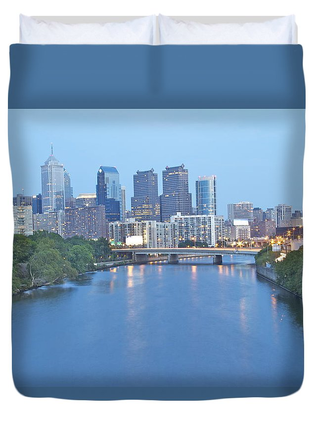 Philadelphia Philly Waterway Duck City View Schulykill River Duvet Cover featuring the photograph Philly In Blue by Alice Gipson