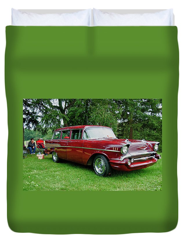 1957 Chevy Duvet Cover featuring the photograph Picnic by Guy Whiteley