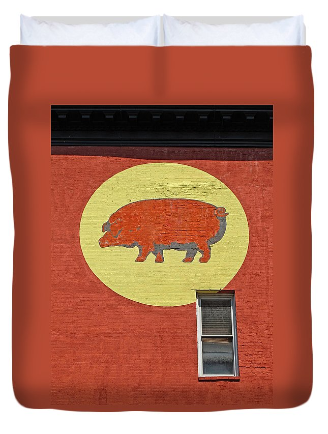 Pig Duvet Cover featuring the photograph Pig On A Wall by Dave Mills