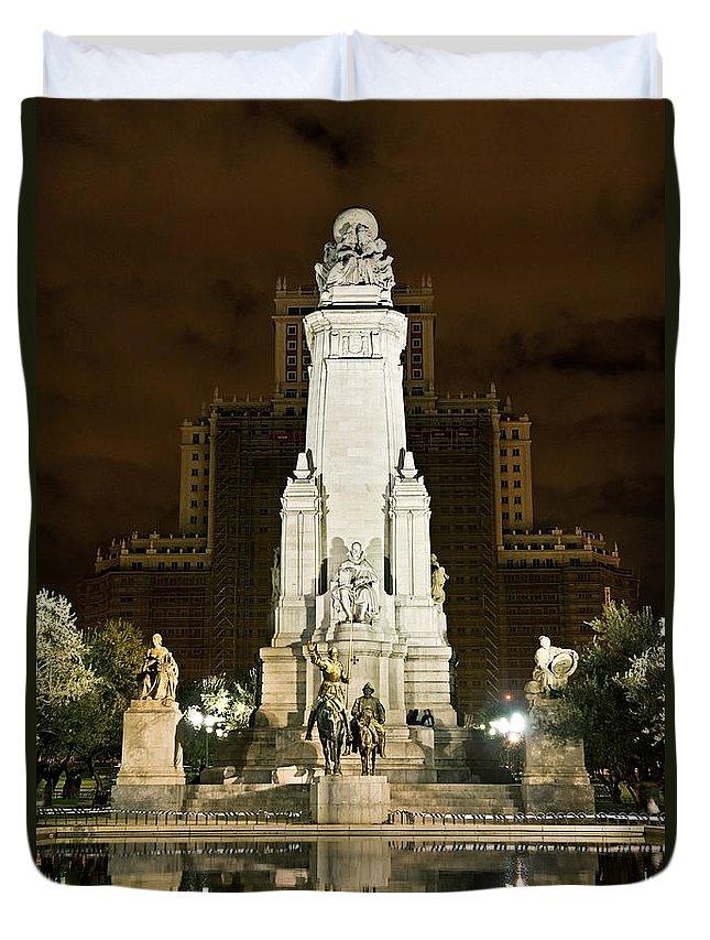 Cervantes Duvet Cover featuring the photograph Plaza De Espana Madrid Spain by John Greim