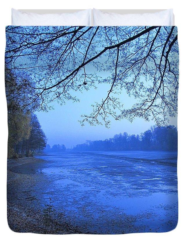 Colour Duvet Cover featuring the painting Pond by Wojtek Kowalski