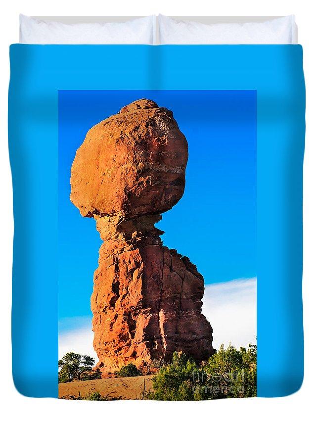Balance Rock Duvet Cover featuring the photograph Portrait Of Balance Rock by Robert Bales