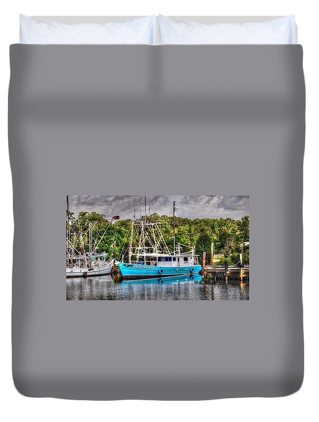 Alabama Photographer Duvet Cover featuring the digital art Prince Of Peace Side View by Michael Thomas