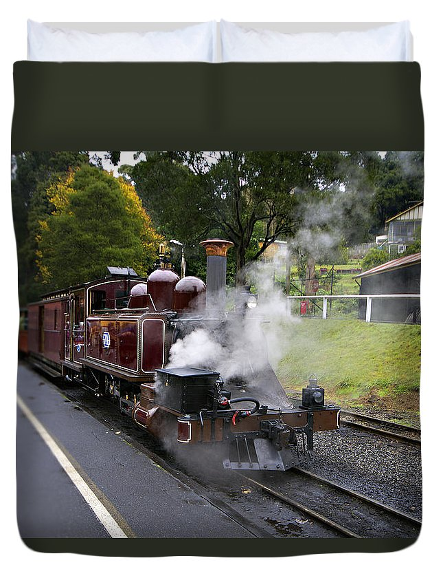 Puffing Billy Yarra Valley Duvet Cover featuring the photograph Puffing Billy V2 by Douglas Barnard