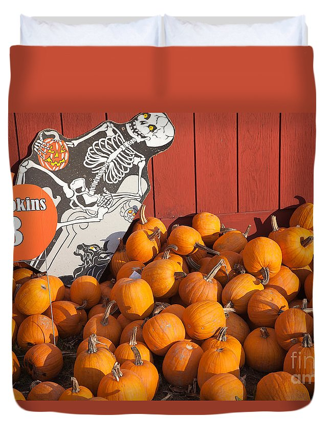 Clarence Holmes Duvet Cover featuring the photograph Pumpkins For Sale I by Clarence Holmes